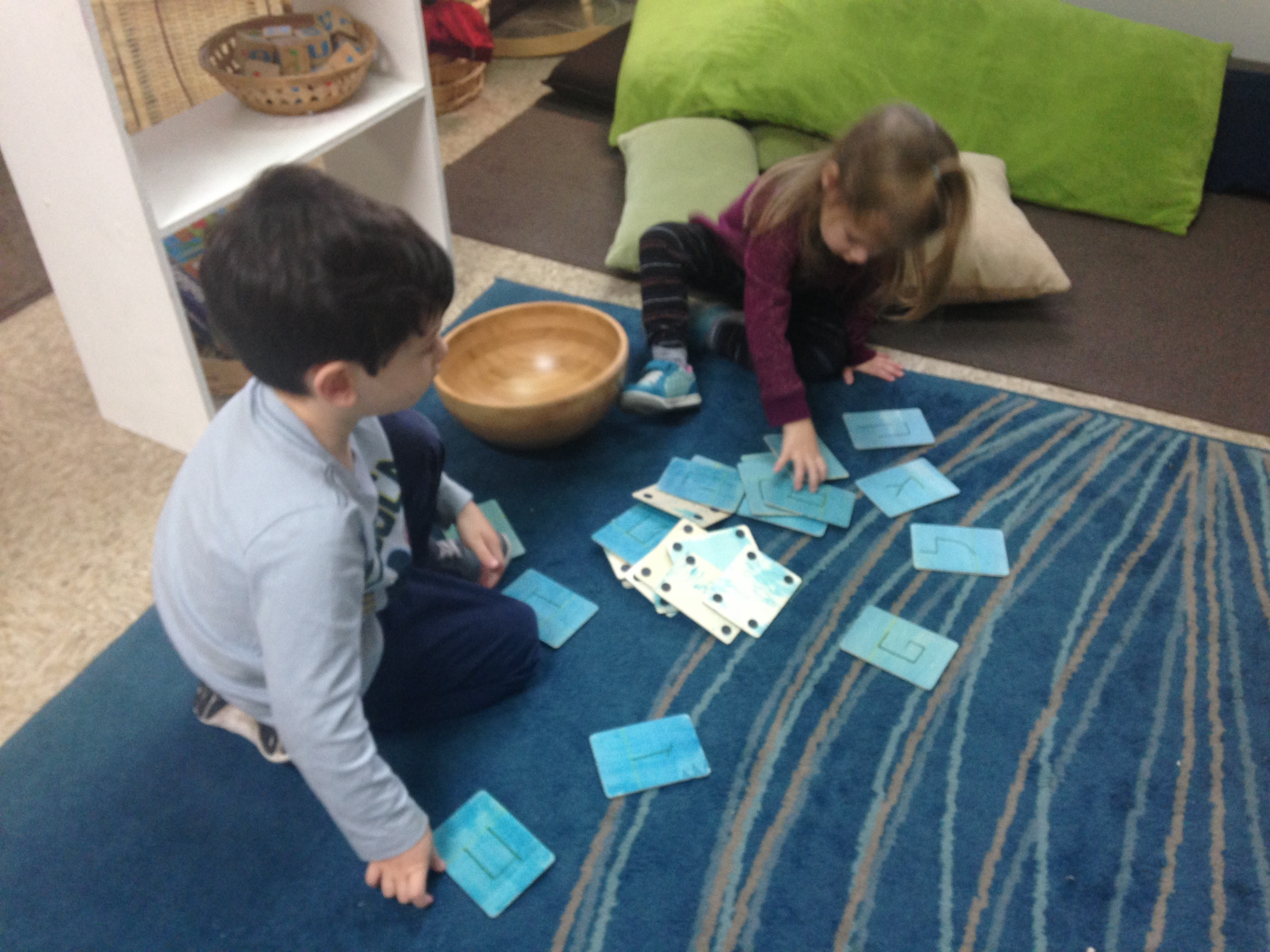 Shorashim Loves to Play with Otiyot! » Jewish Enrichment Center